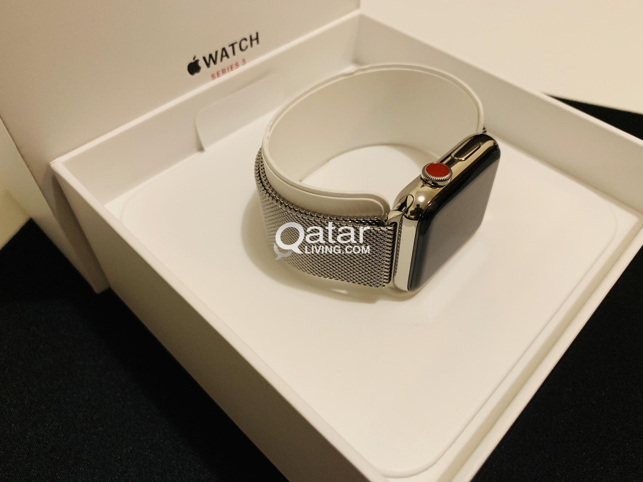 Apple Watch Series 3 42mm Stainless Steel Case With Milanese Loop