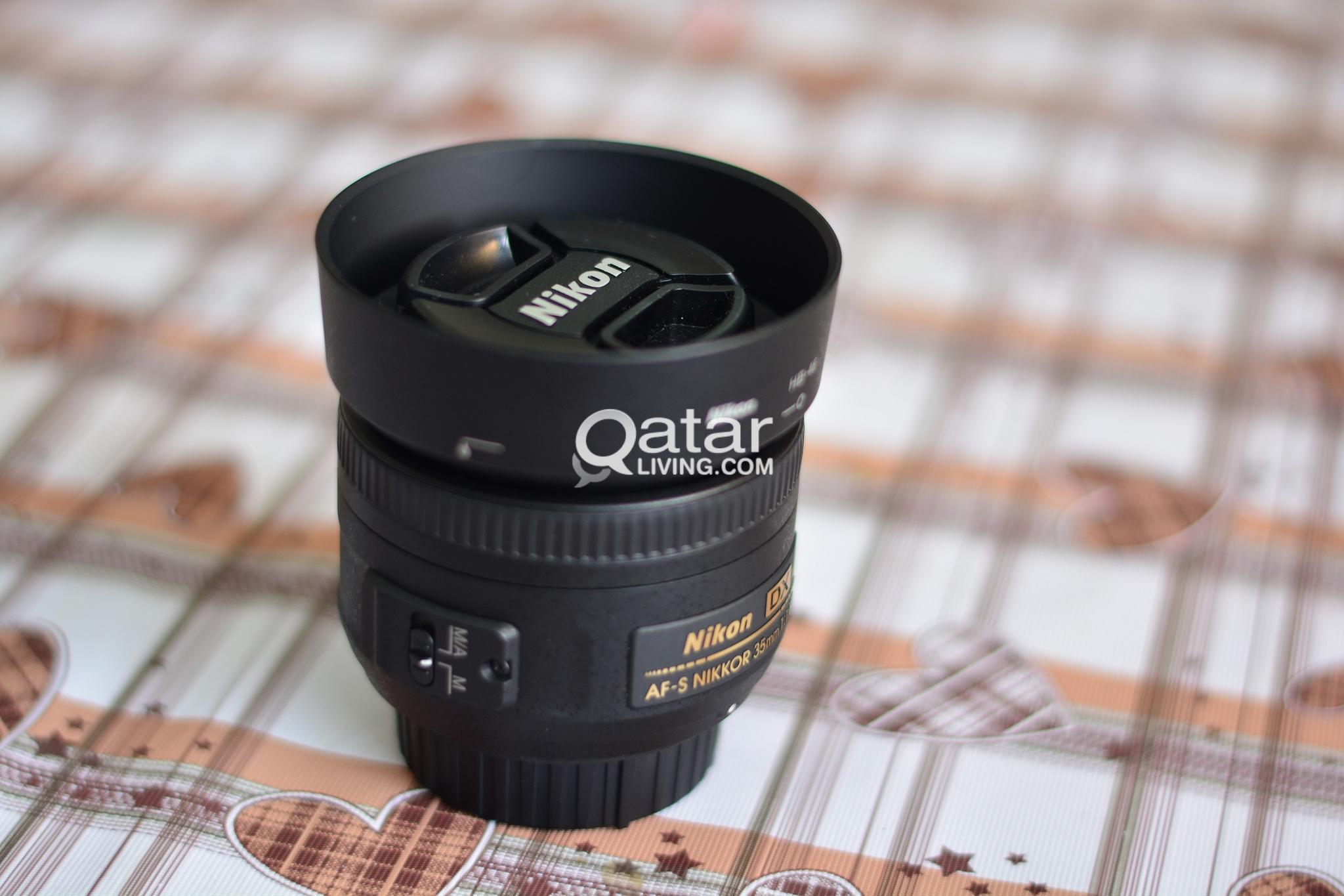 Nikon AF-S DX NIKKOR 35mm f/1.8G Lens with Auto Fo