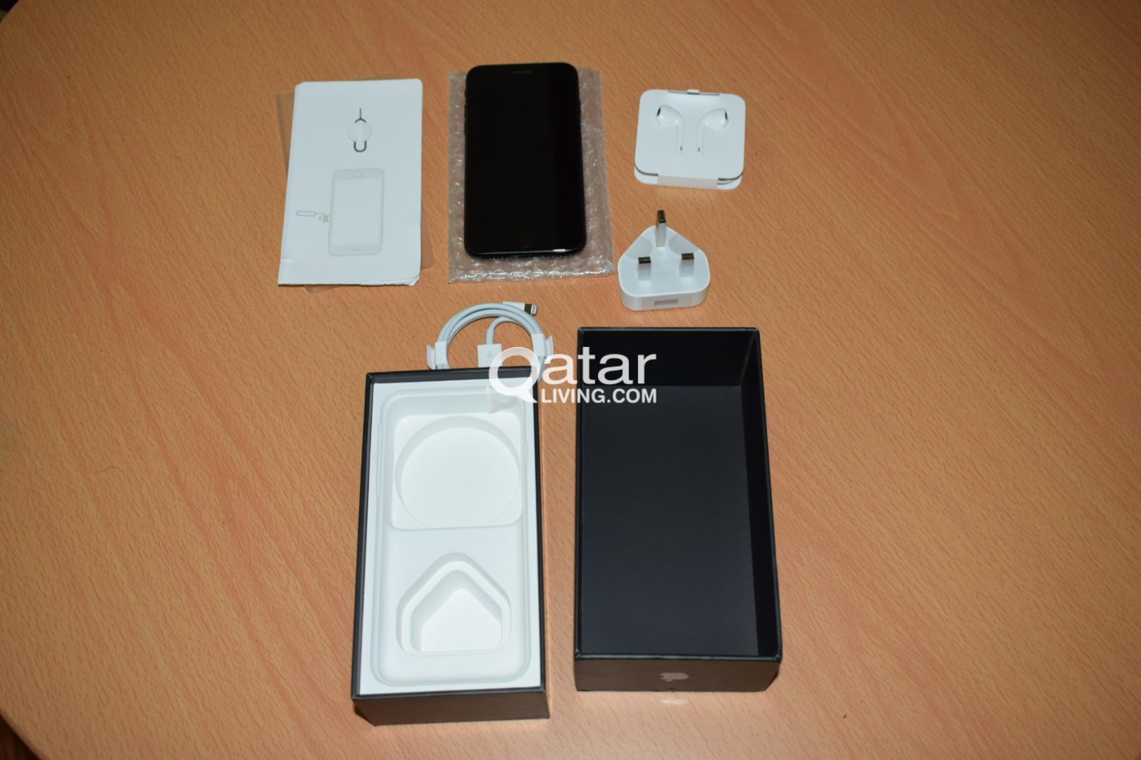 Iphone 7 Jet Black- 128 GB perfect