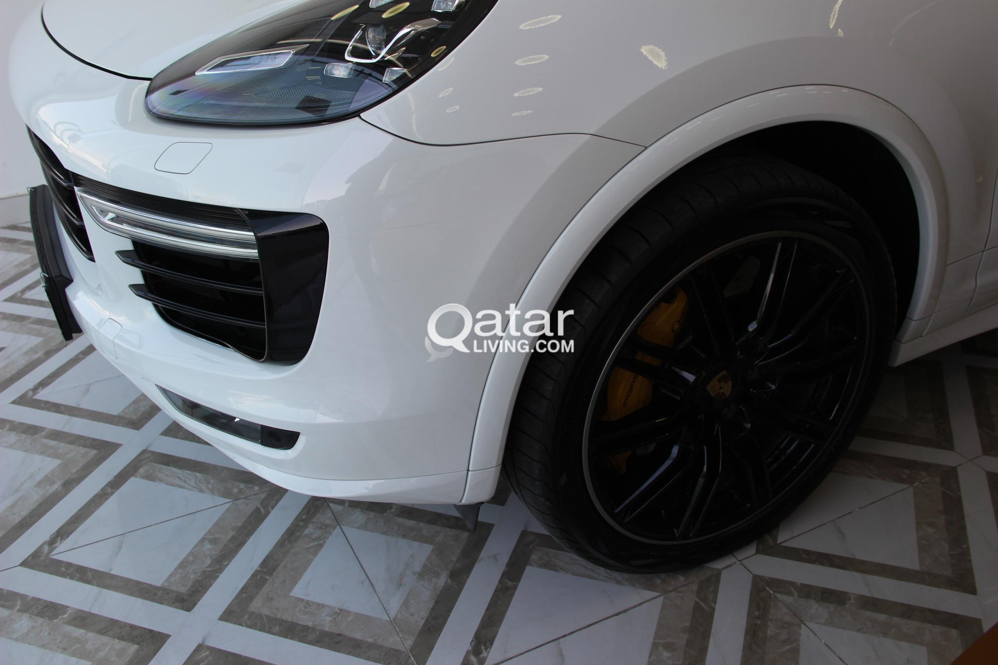 Porsche Cayenne Turbo S 2016