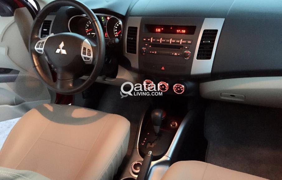 Mitsubishi Outlander Maroon 2013