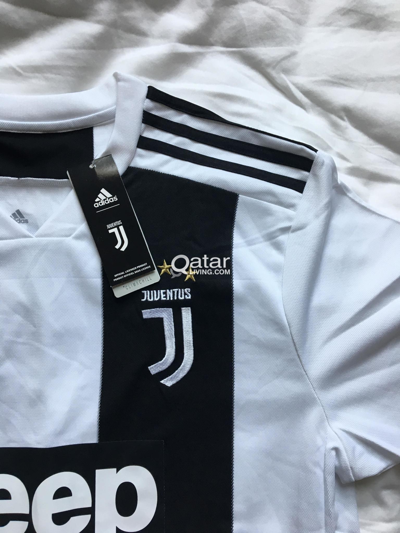 huge discount 5167c 2a074 Ronaldo Juventus Jersey Size XL New w/ Tags | Qatar Living