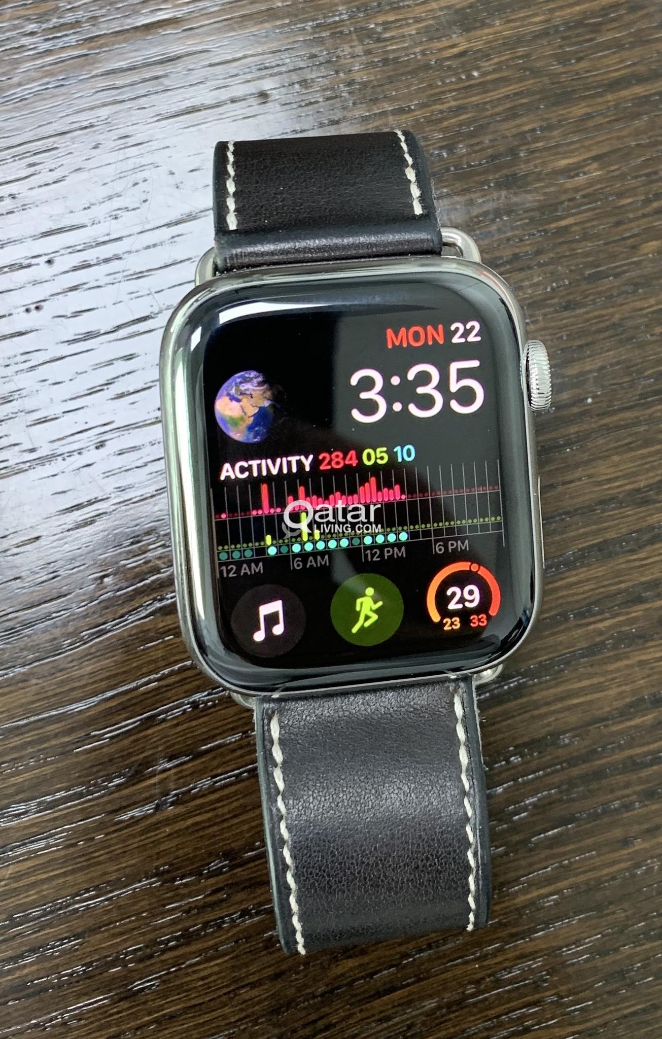 Apple Watch Series 4 44 Mm Stainless Steel Case With Milanese Loop