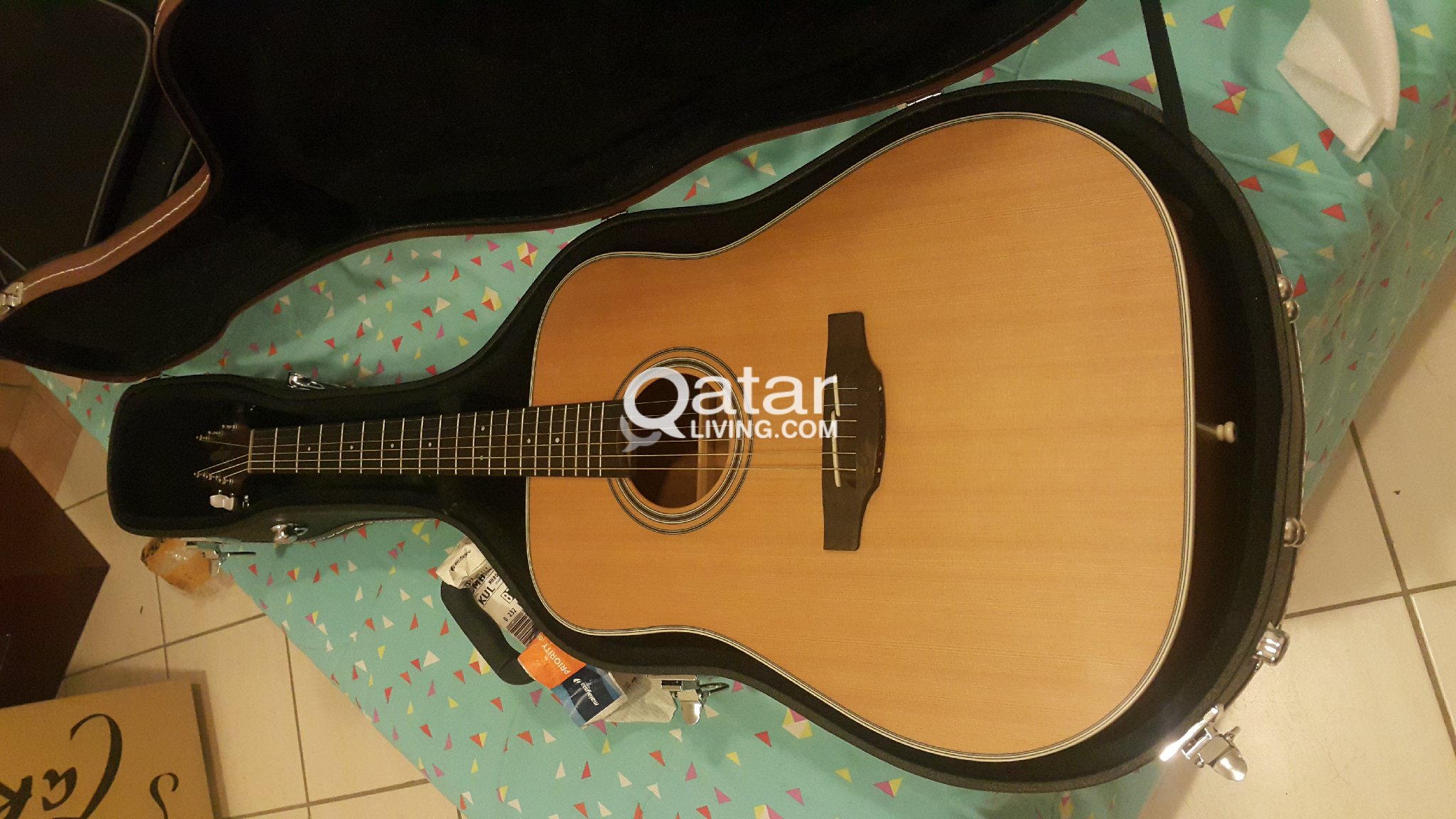Hardcase (Only) for Dreadnought Acoustic Guitar