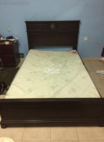 WoodenBed 120 Cm in very good condition with brand new Mattress