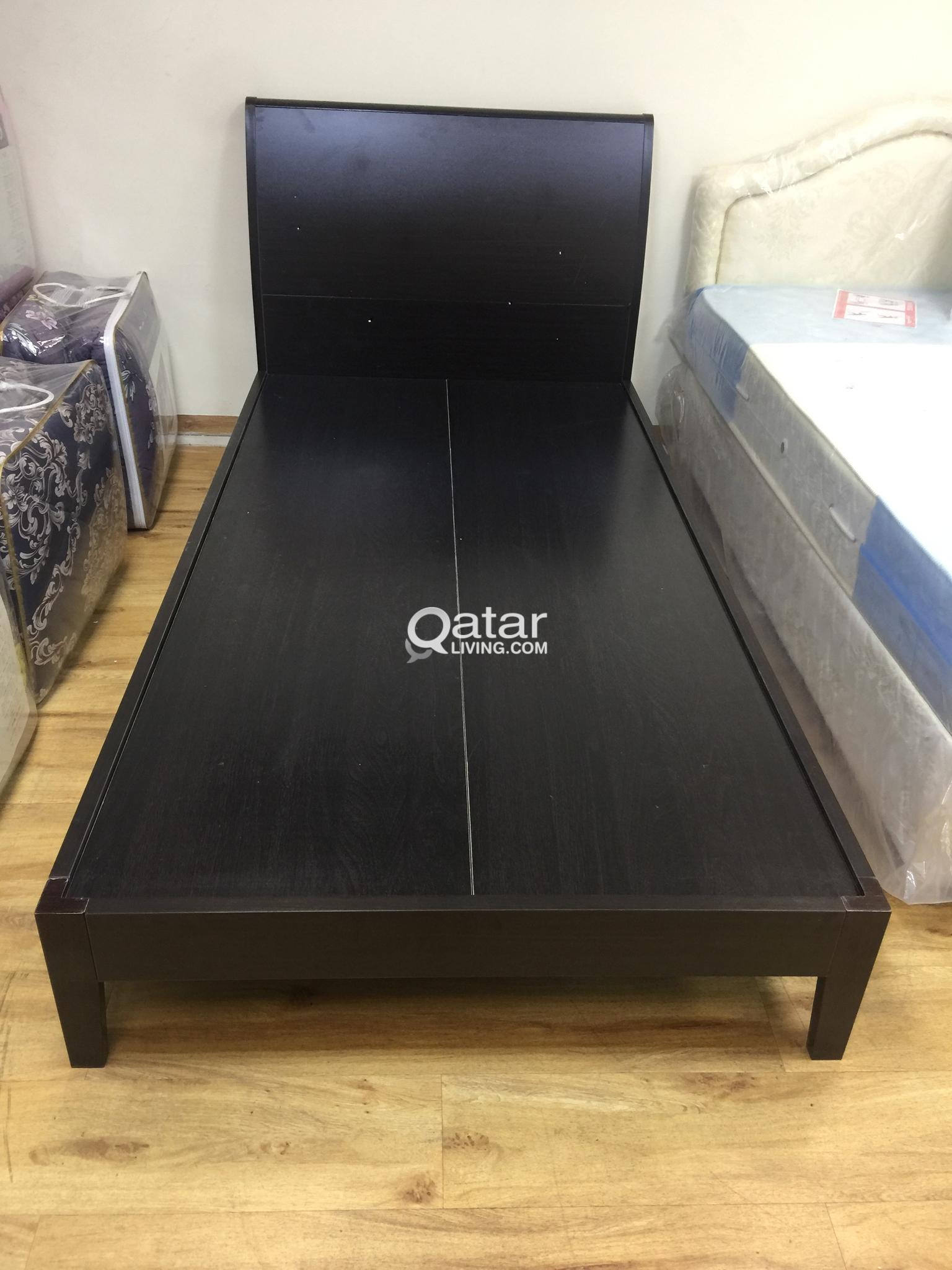 WOODEN BED BRAND NEW SIZE:100X200 CONTACT:33280157
