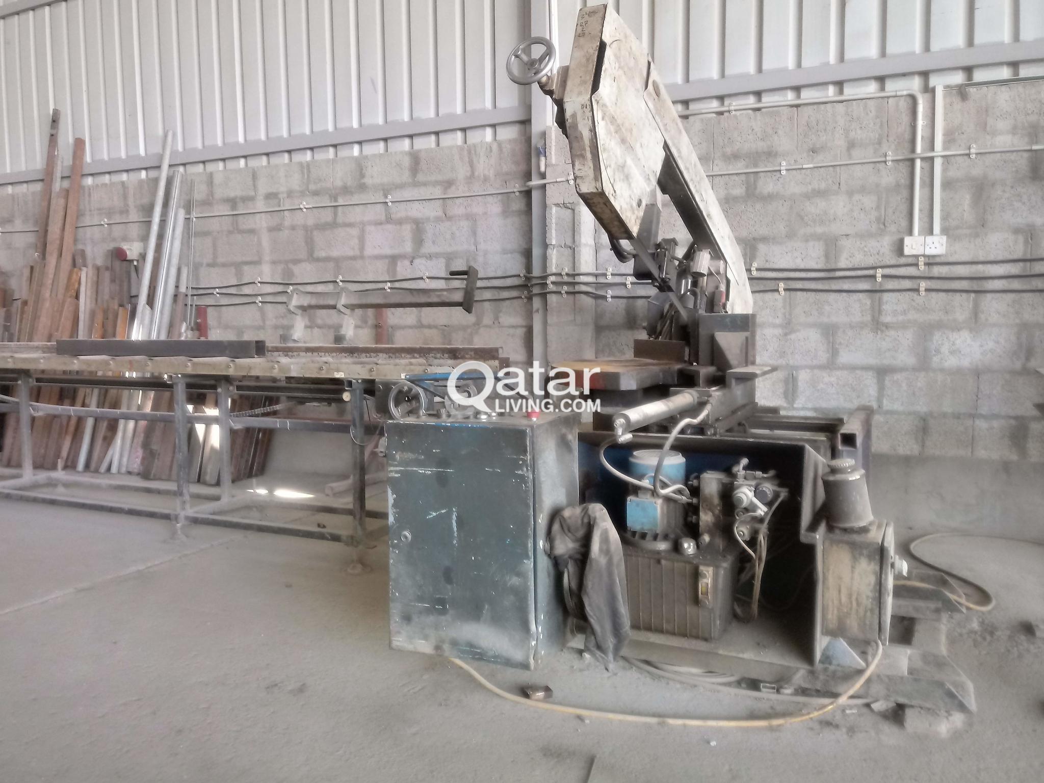 Metal Cutting Band Saw Machine | Qatar Living