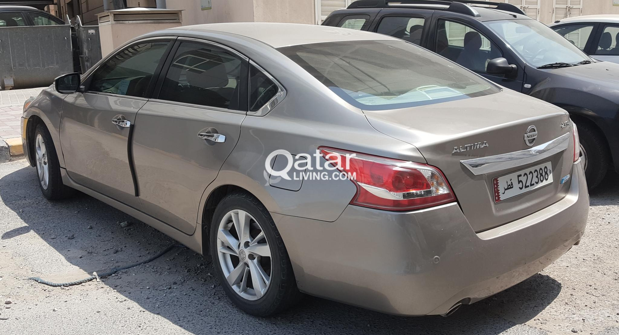 CAR FOR SALE- ALTIMA, 2013, 2.5, Only 67000 KM run. Expat living Doha ( PRICE NEGOTIABLE)
