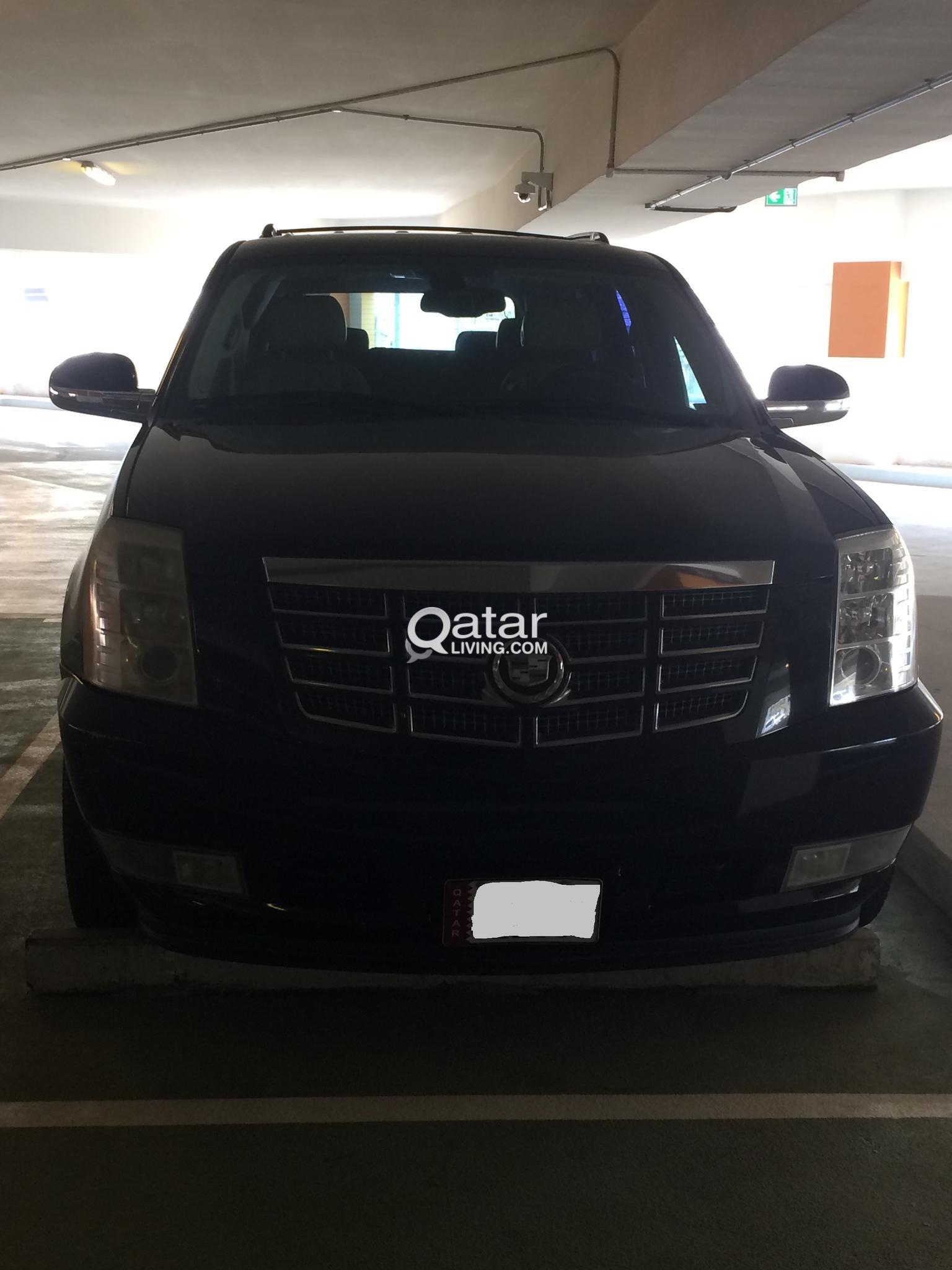 Cadillac Escalade 2008 (Black Color)