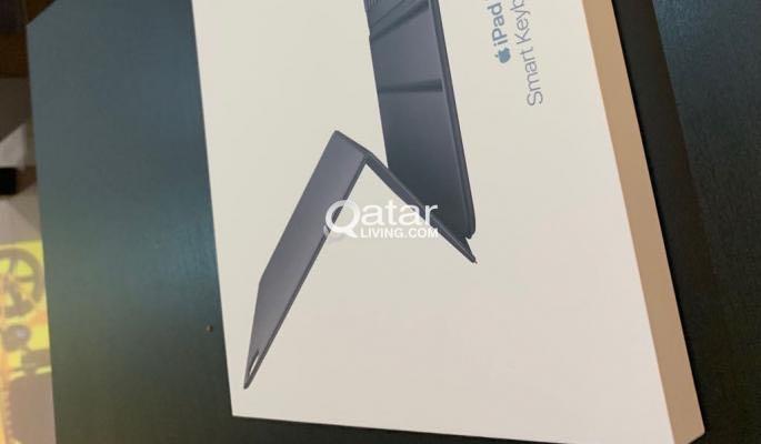 Apple iPad Pro smart folio keyboard new