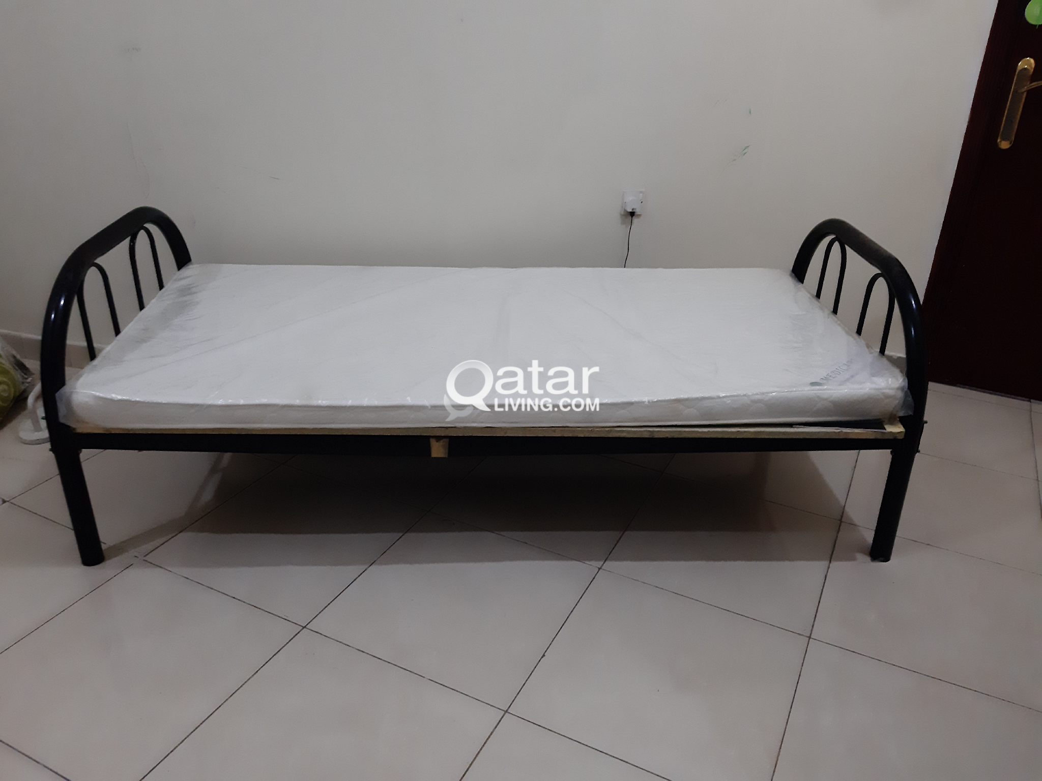 separation shoes 094d7 71e16 Single Cart bed with new medical matress (QR 130) | Qatar Living