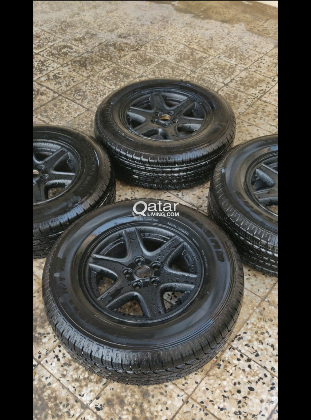 Jeep Rims And Tires >> Jeep Rim With Tire