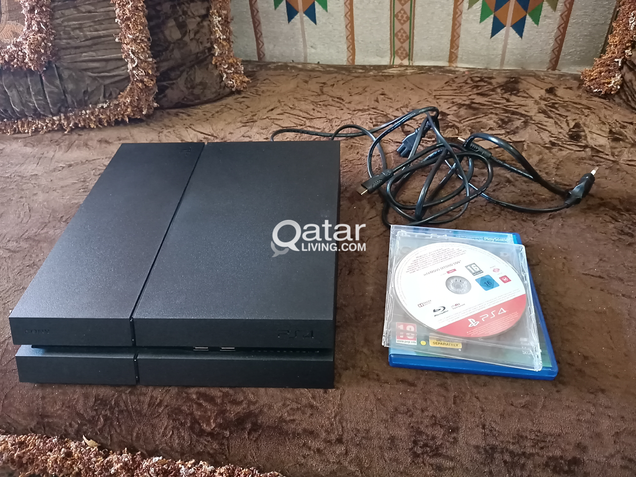PS 4 500 gb like new