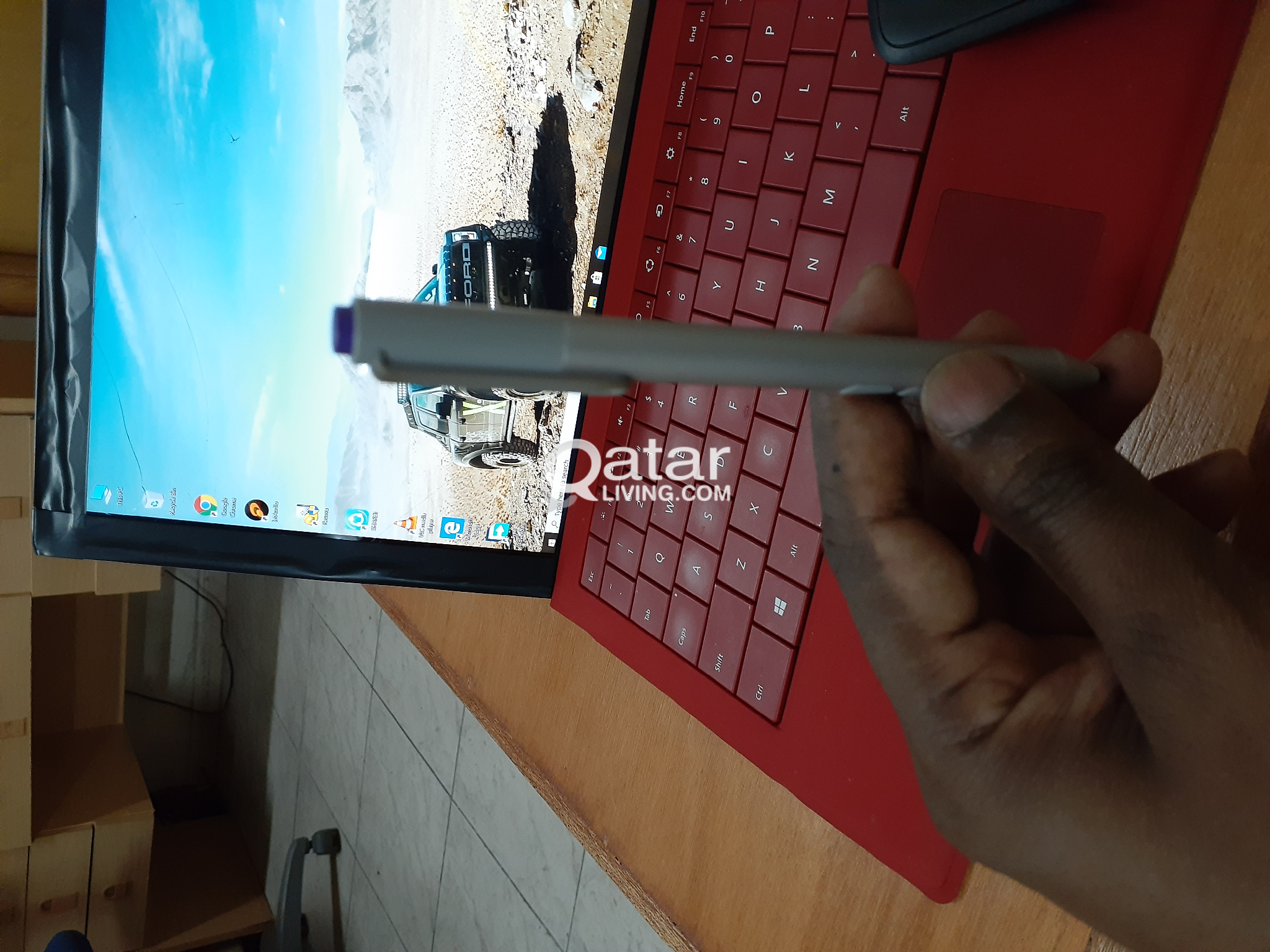 Surface pro 3 i5..8gb rom and 256gb ram
