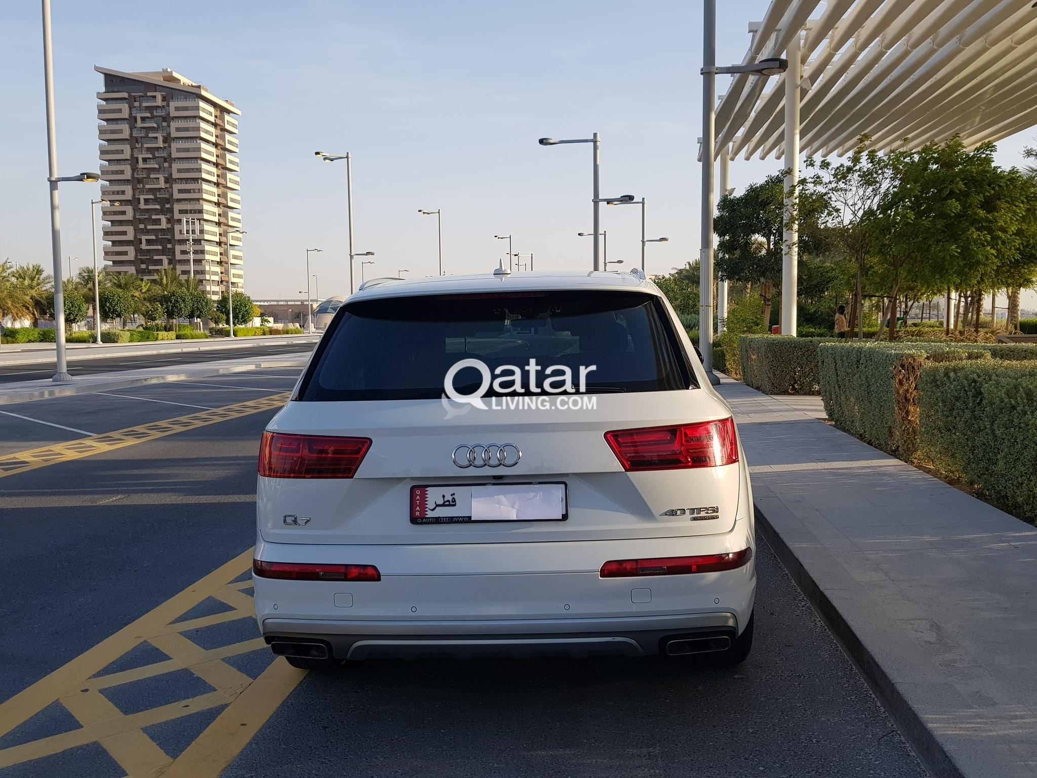 Audi Q7 2016 with 28000 kms with warranty