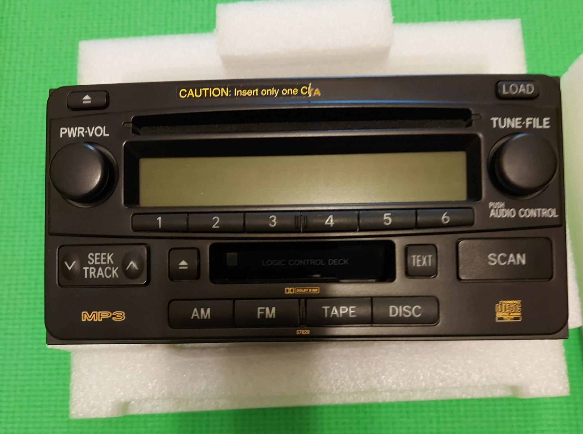 Land Cruiser original Tape CD and cassette player