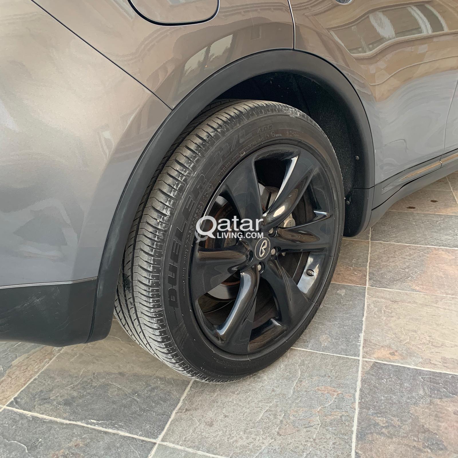 INFINITY QX70S