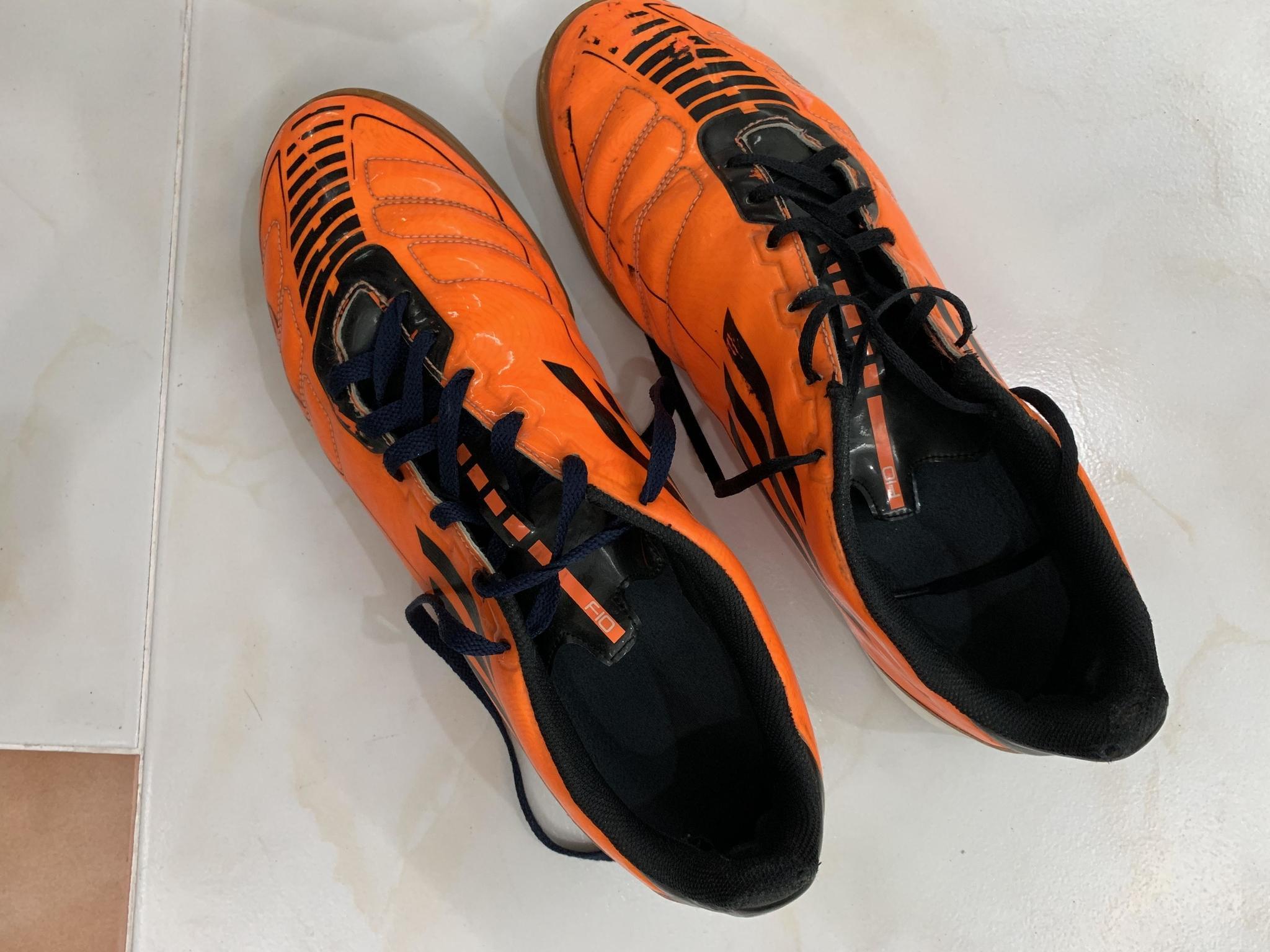 Adidas shoes f50