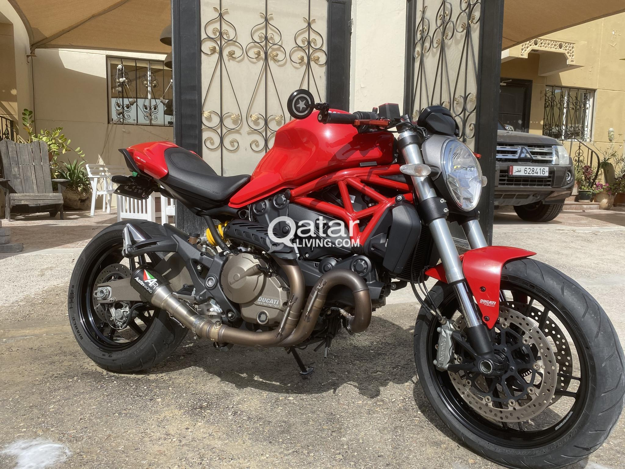 821 Ducati Monster