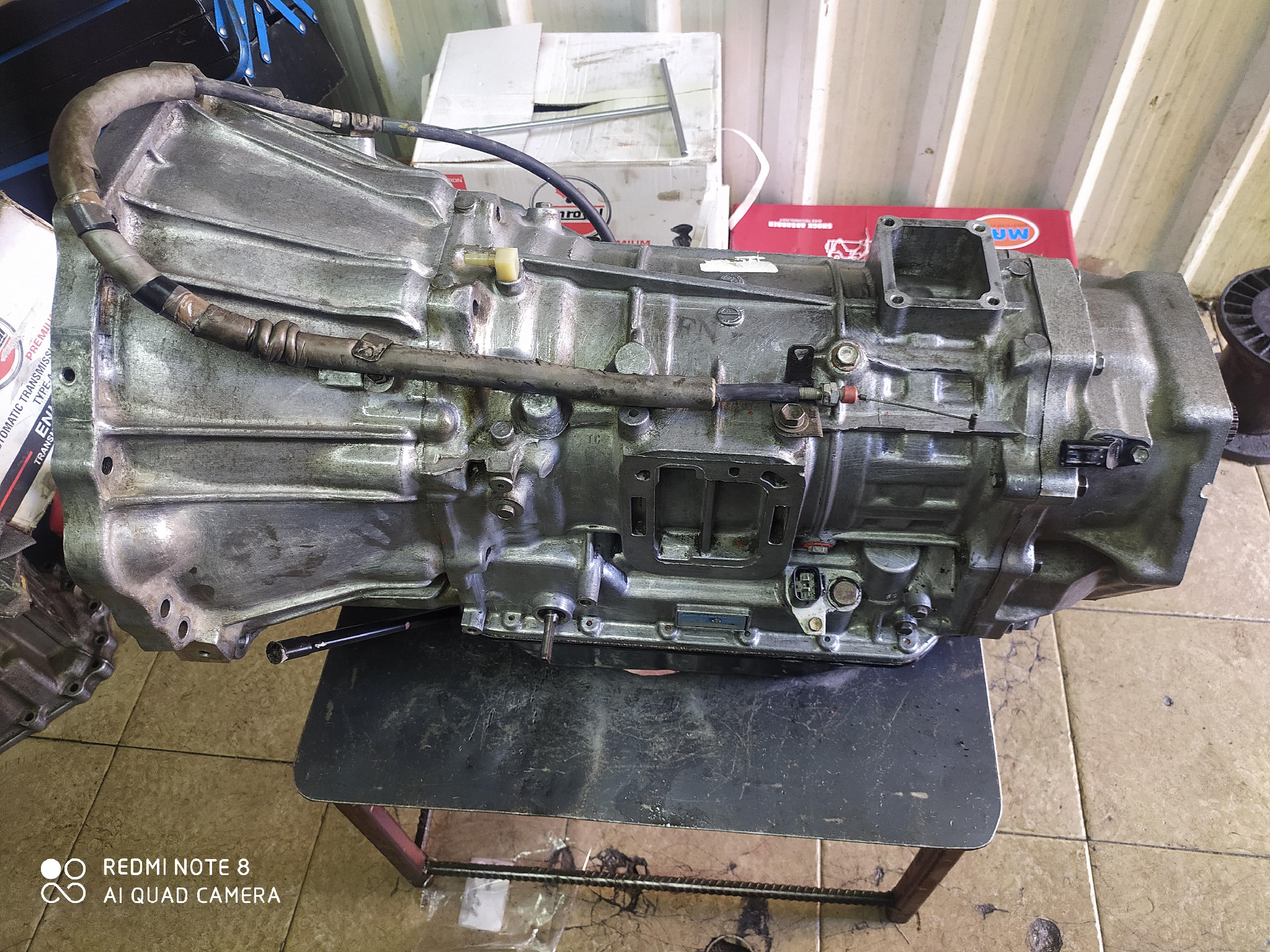 Automatic gearbox repearing service center
