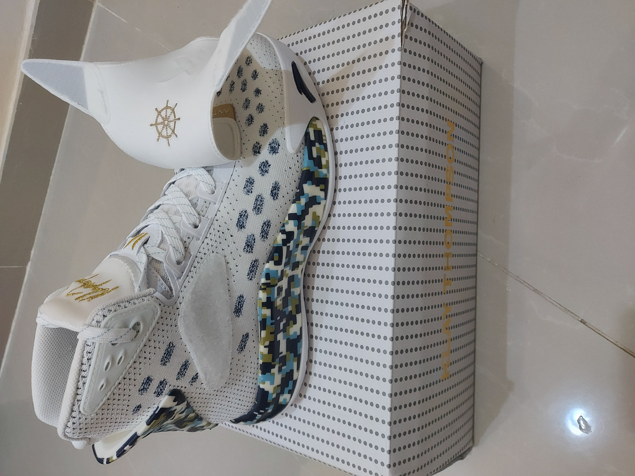 Shoes [ Klay Thompson-5 Collection 9 US/42.5 EUR ]