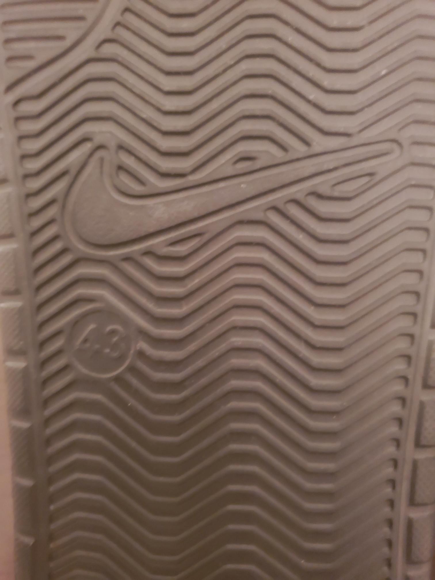 Nike Slipper Brand New 43 EU Size