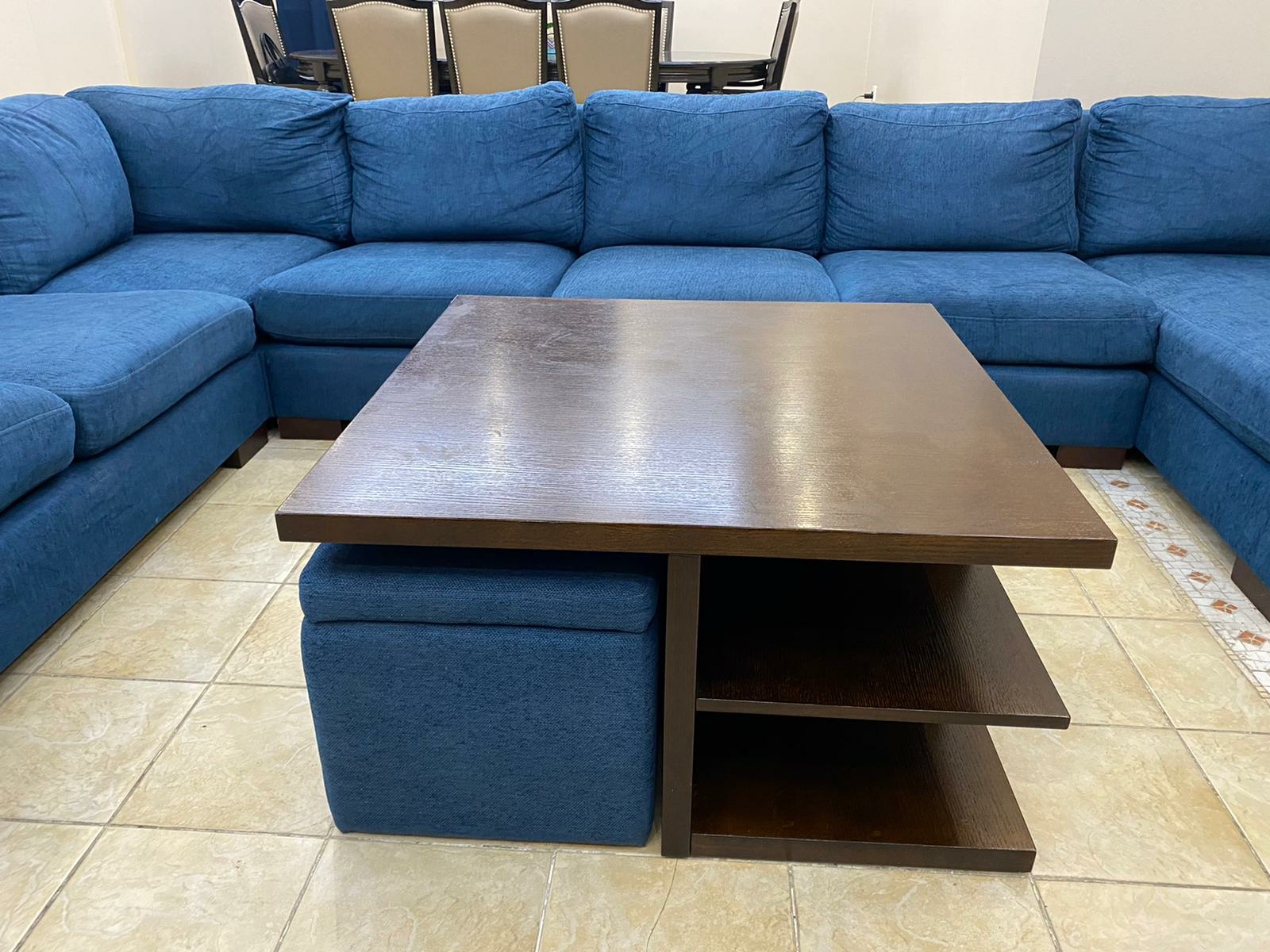 Corner sofa set of 7 seats with table