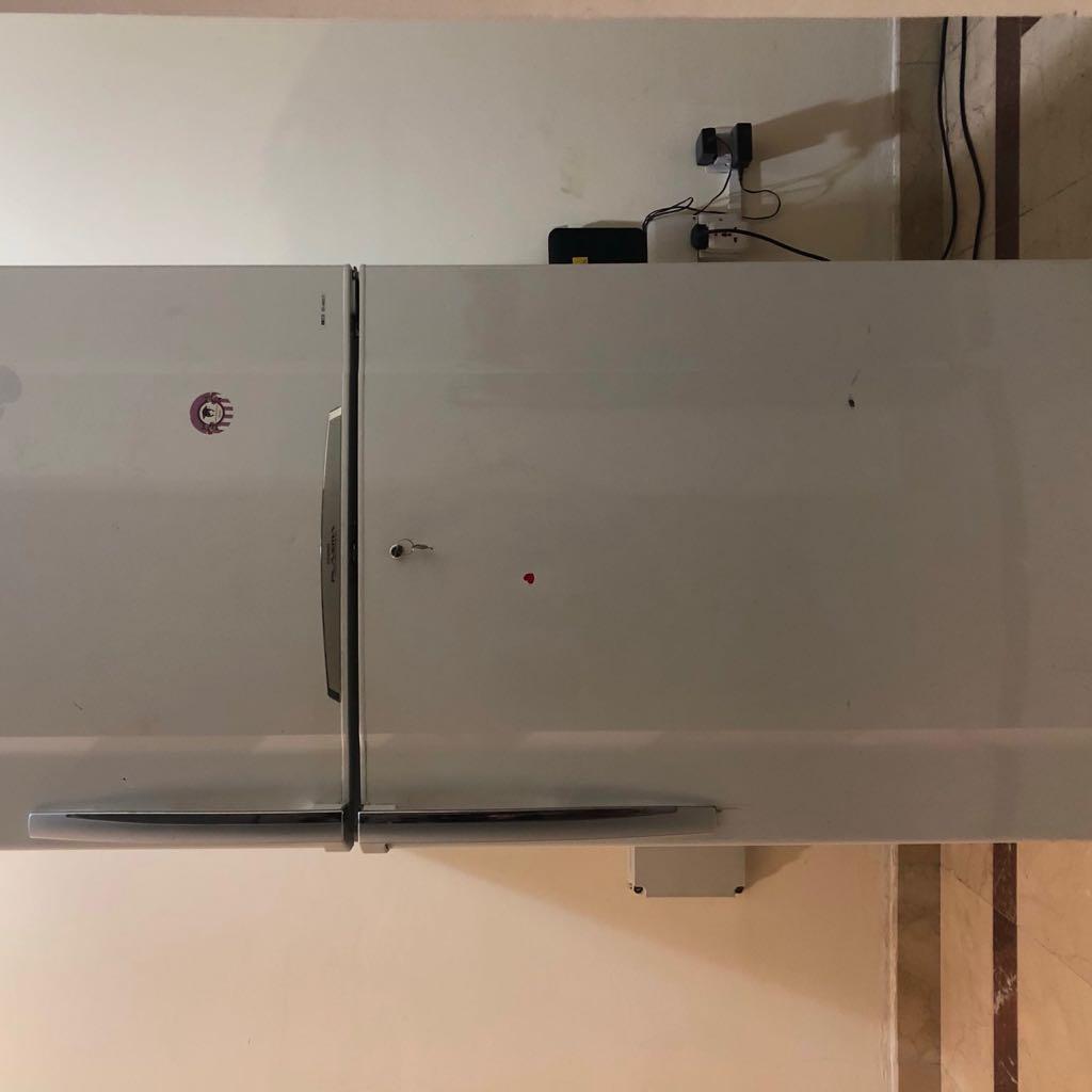 ثلاجة توشيبا  570L Toshiba Refrigerator