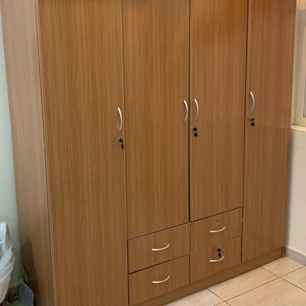4  DoorCupboard