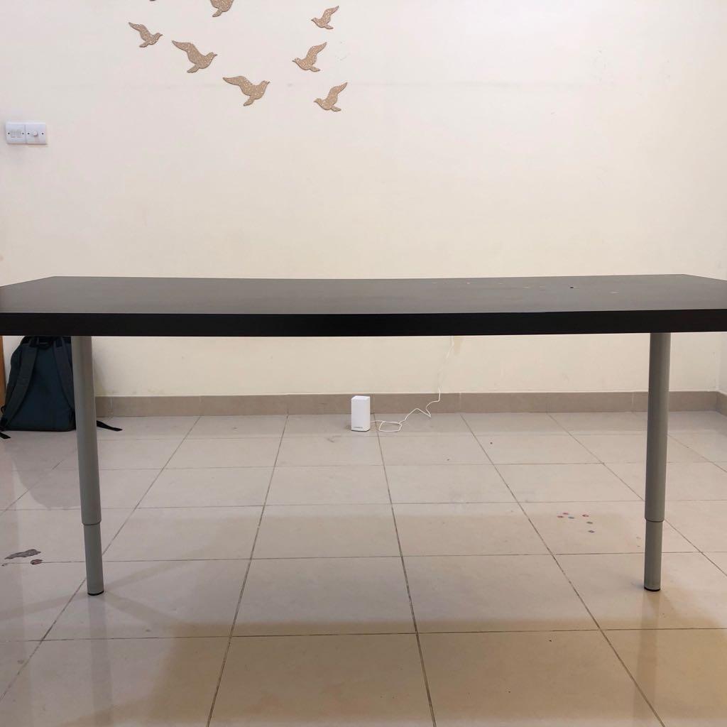 طاولة من ايكيا Table From IKEA