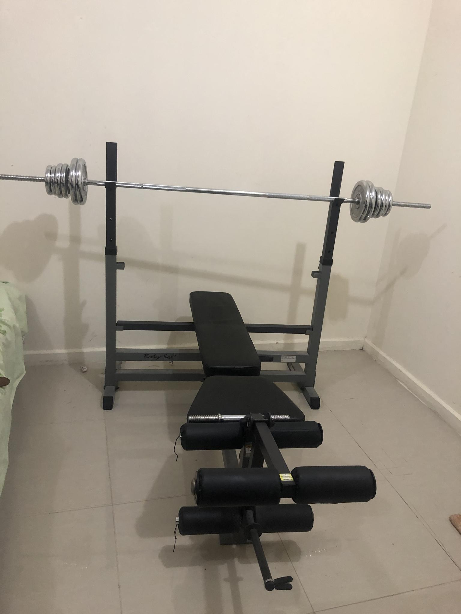 BODY SOLID - BENCH PRESS AND DUMBELS,BARBELL