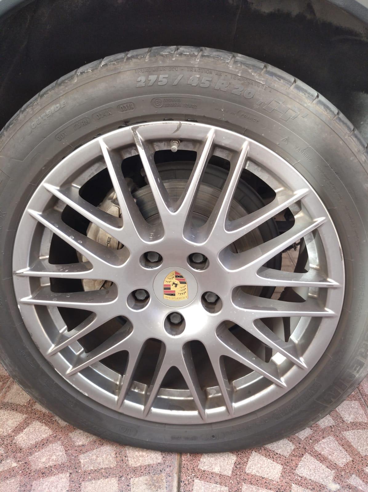 Flat tire repair doha call 30031241