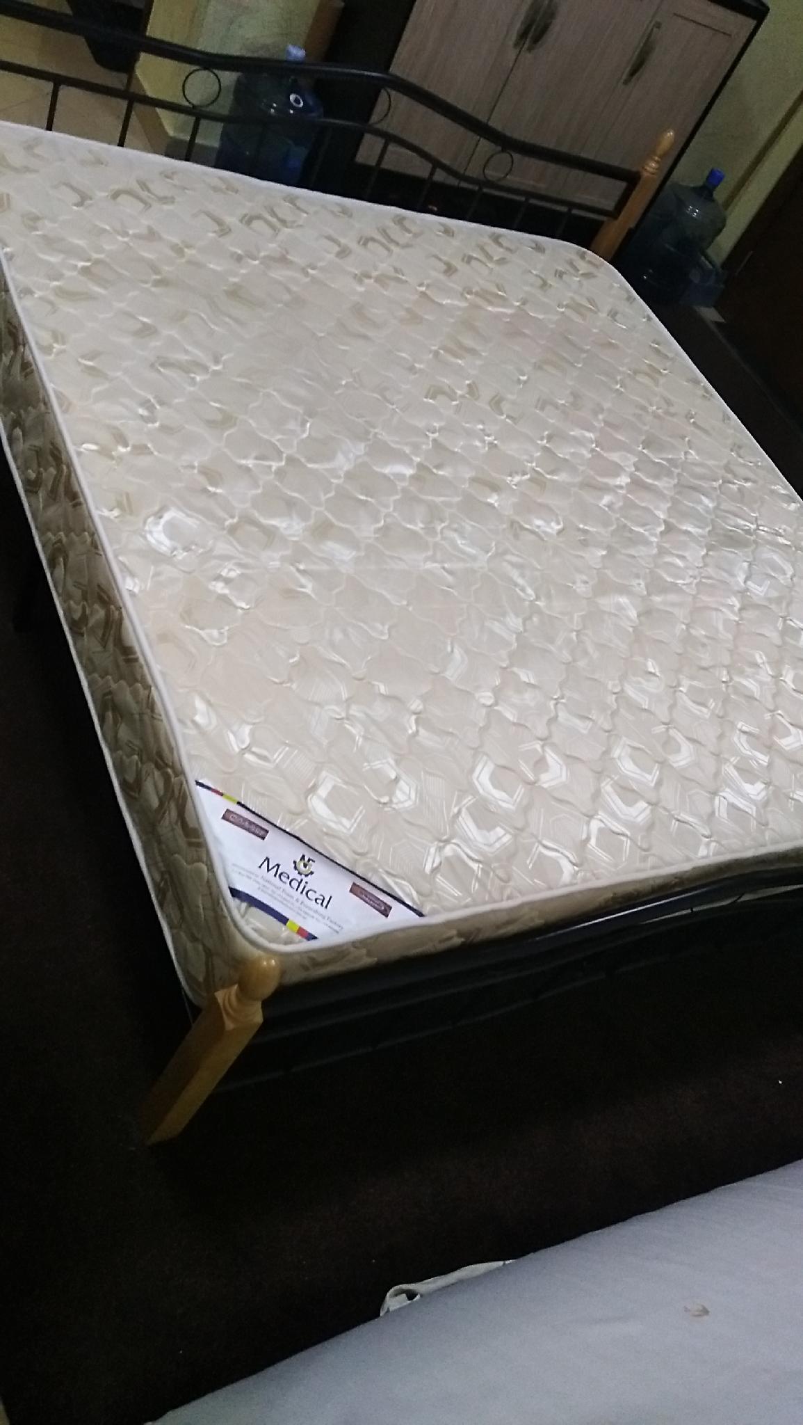 Medical mattress king size 180*190