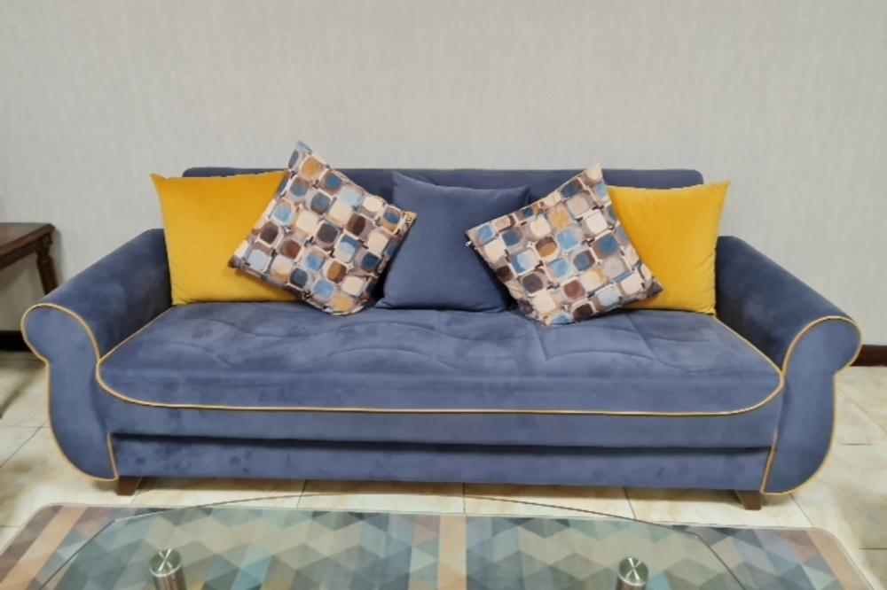 Sofa set  6 seaters - convertible , made in Turkey