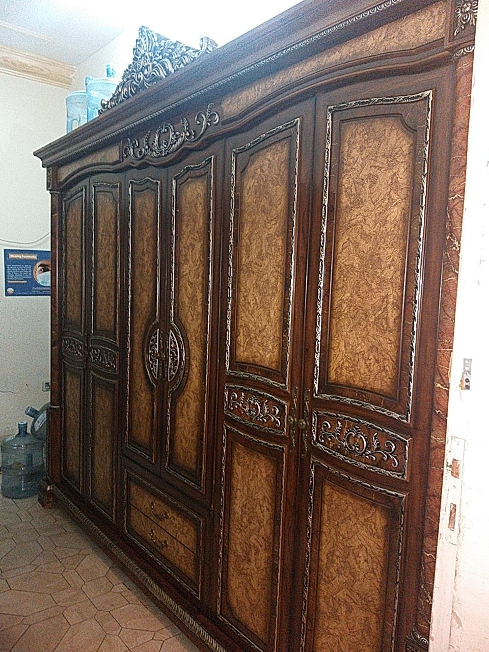 Buy and sale used furniture item very good conditi