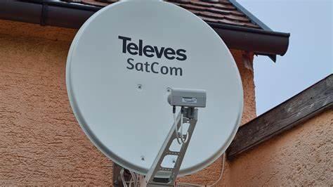 Sharp tv plus hot bird satelite & new receiver wit