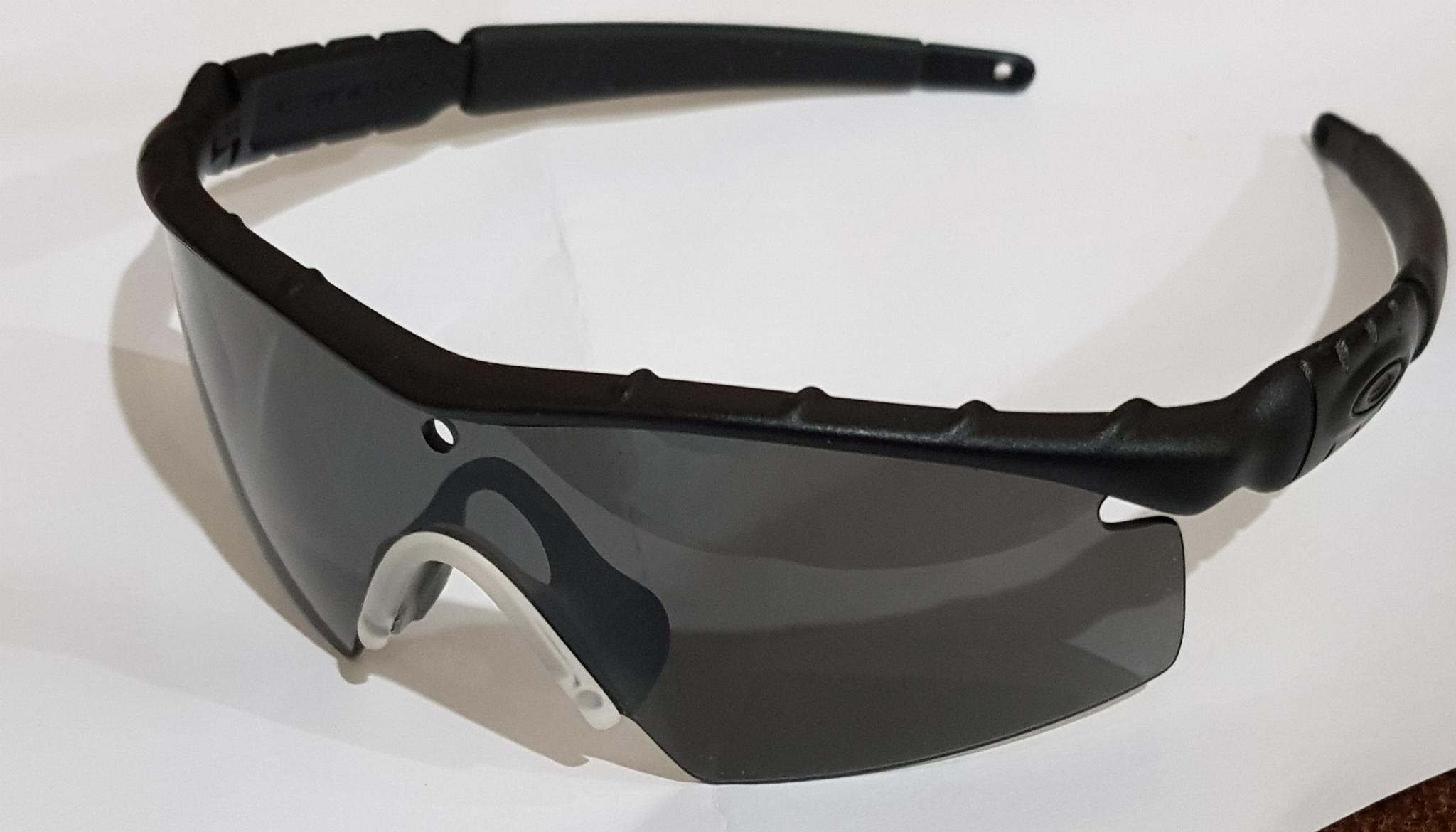 OAKLEY Sunglass (Used)