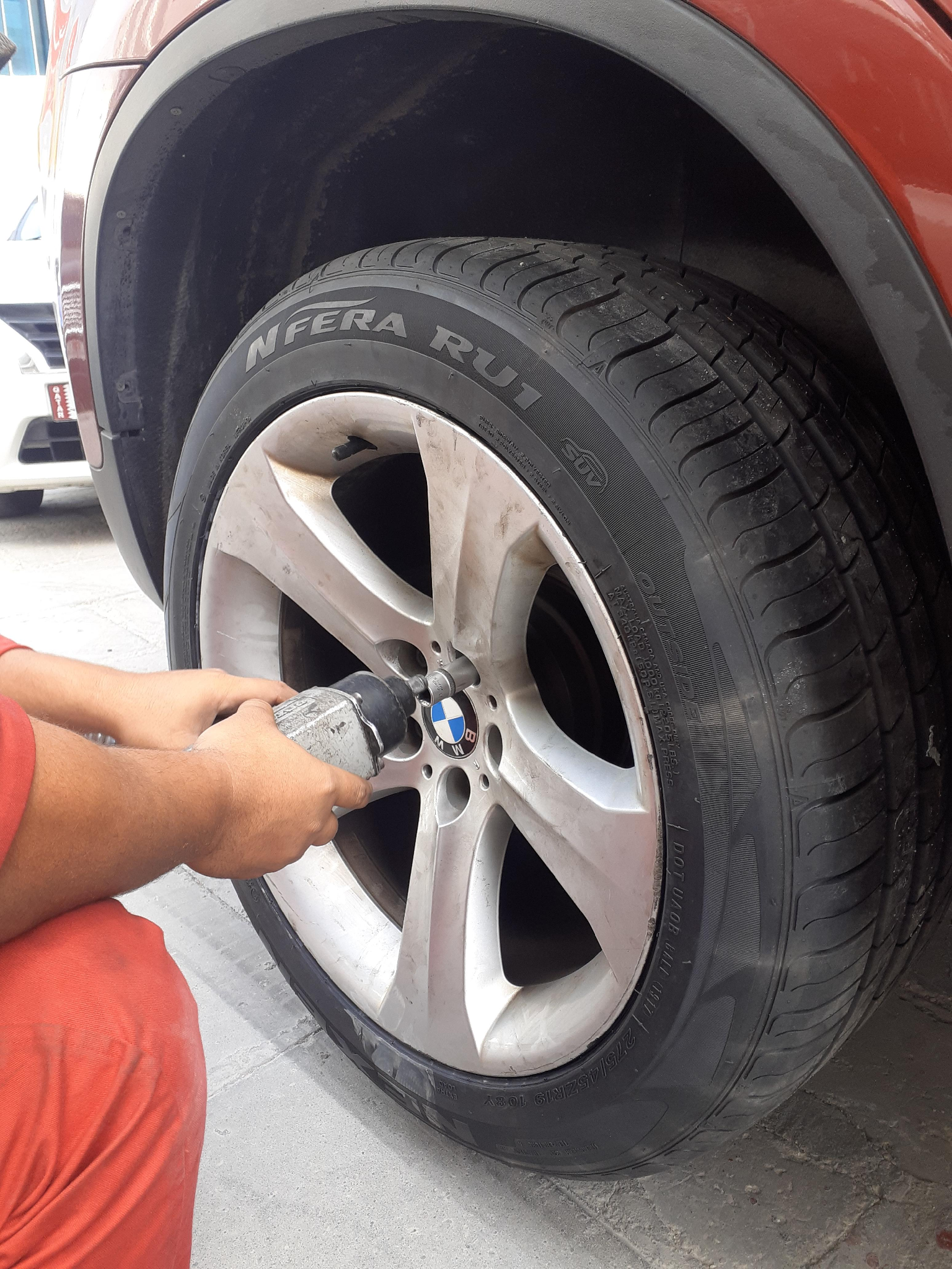 Mobile Tyre Puncture service 50621568