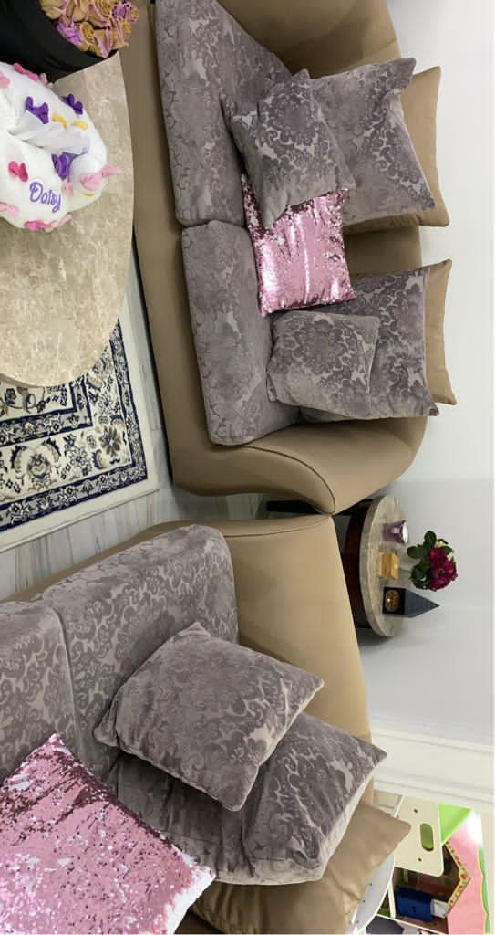 Full set of living room chair