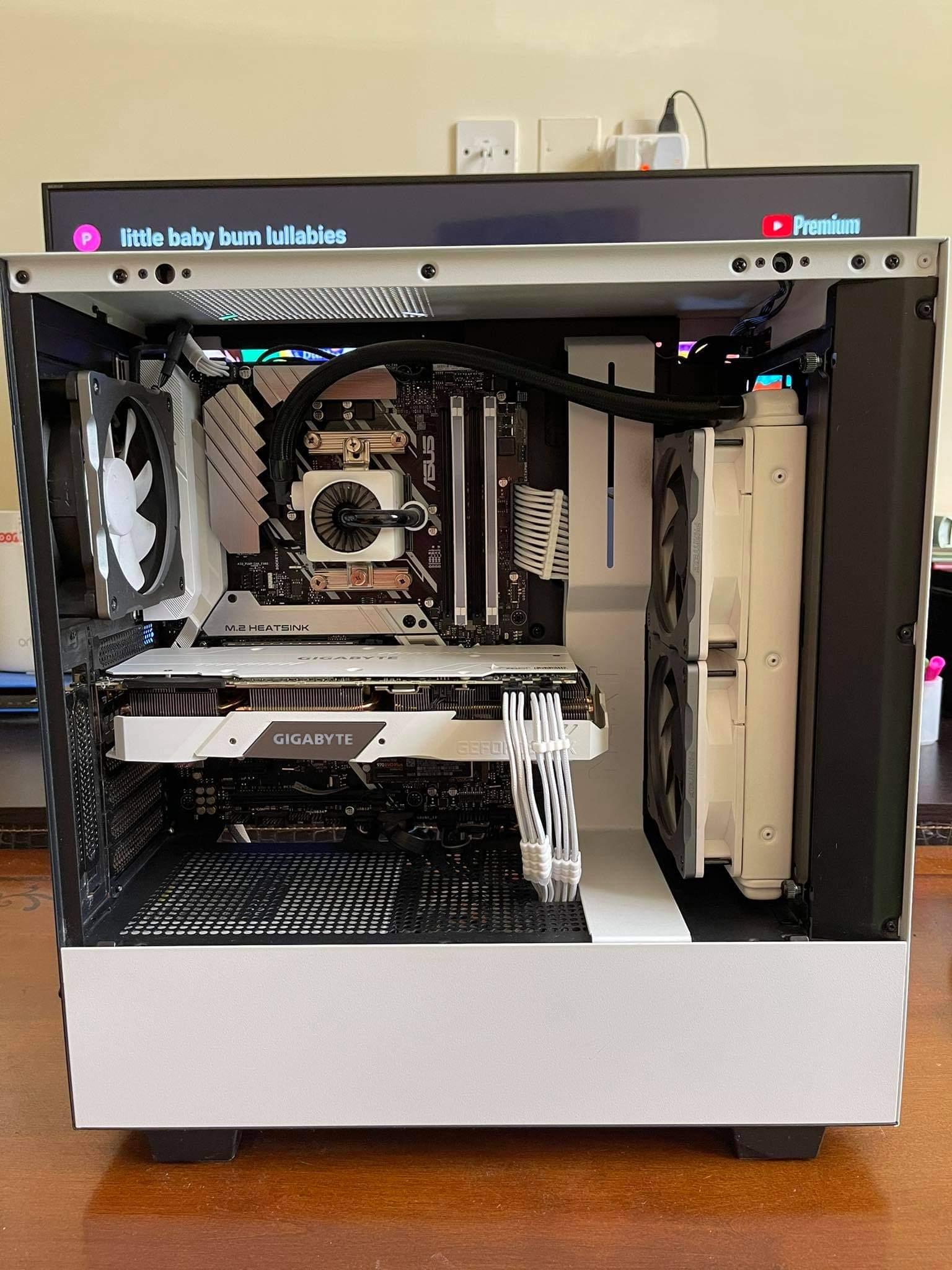 Desktop: Ryzen 2600x 2080