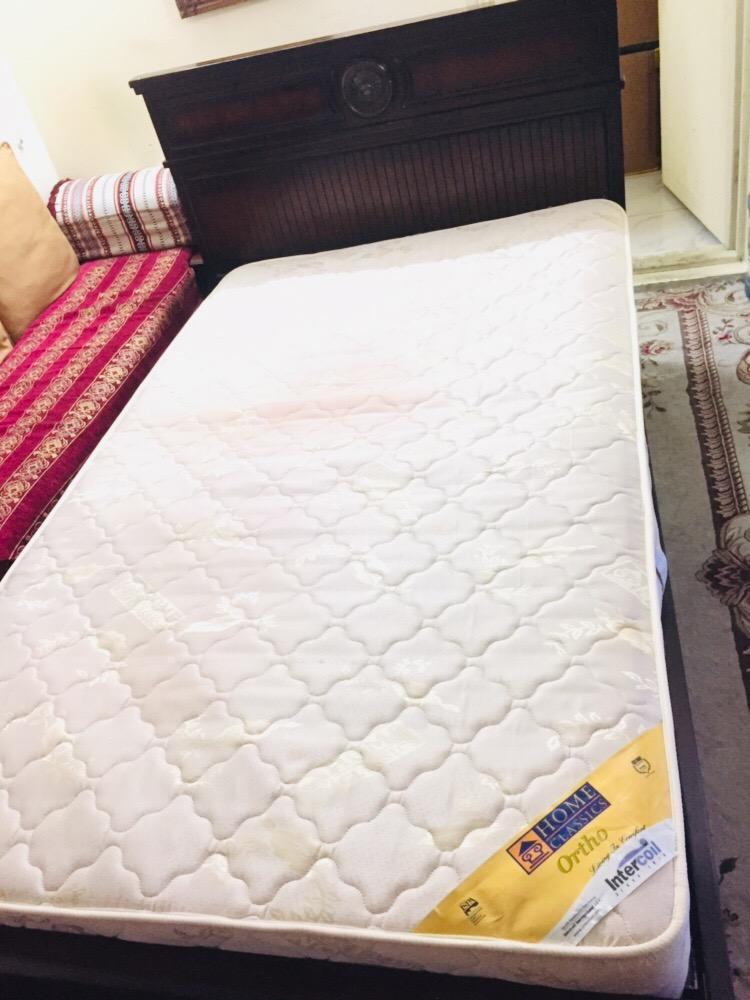 Bed with Mattress ( Neat and clean)