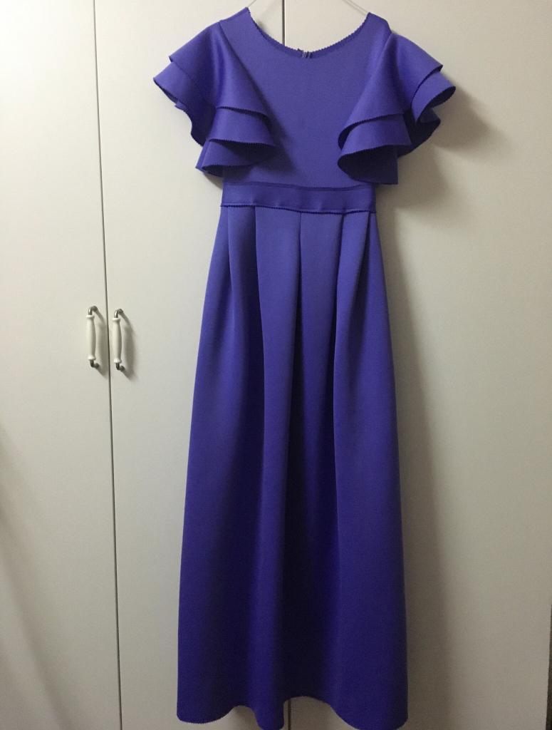 فستان جديد  مقاس ميديم