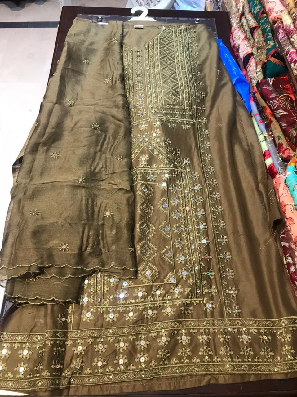 Pakistani embridory stiched 3 pcs lawn suits
