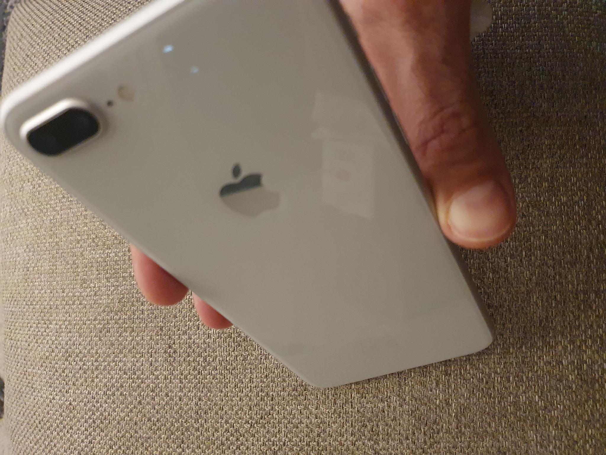 Iphone 8 plus, 64GB