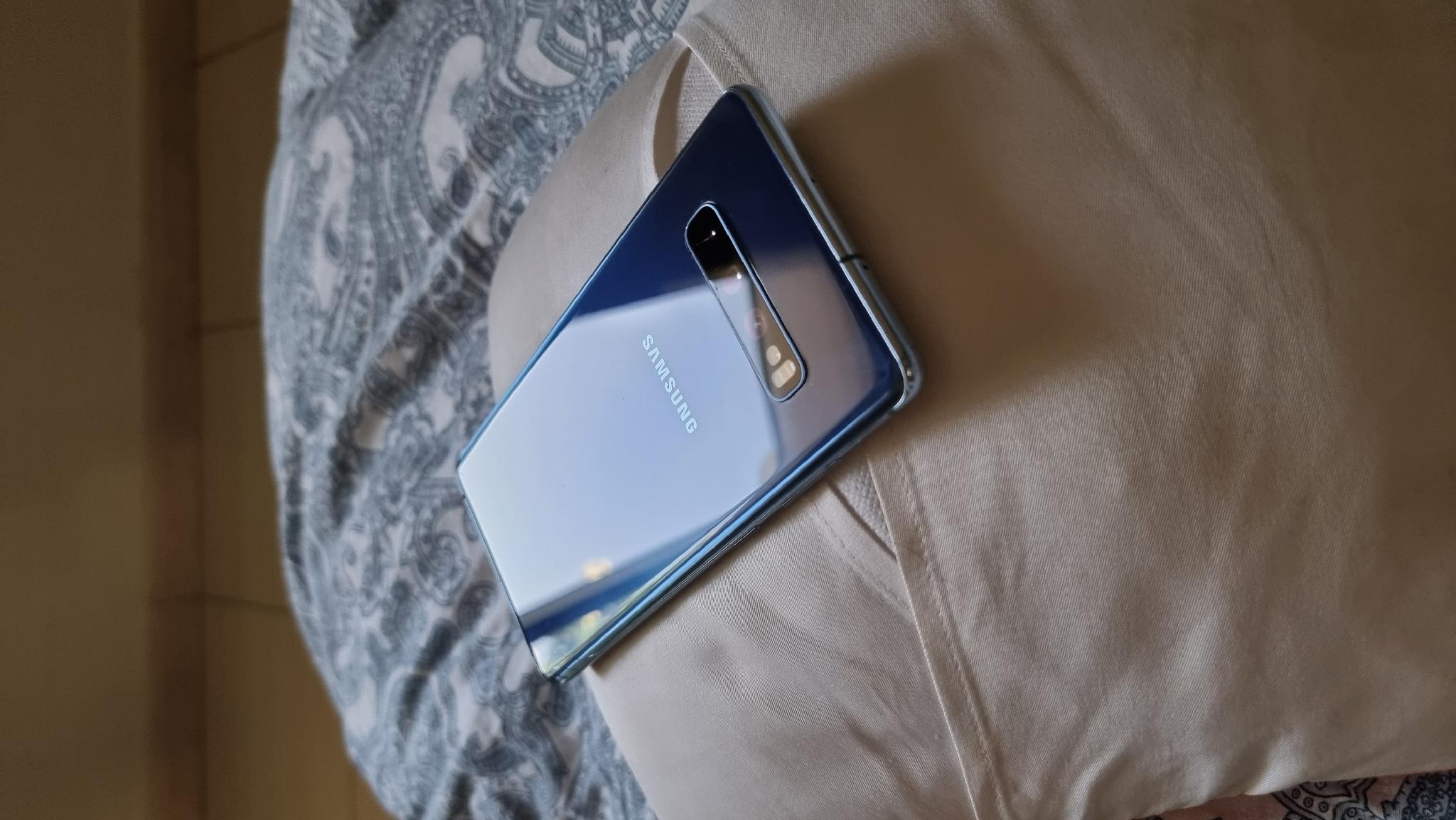 Samsung S10+ Used