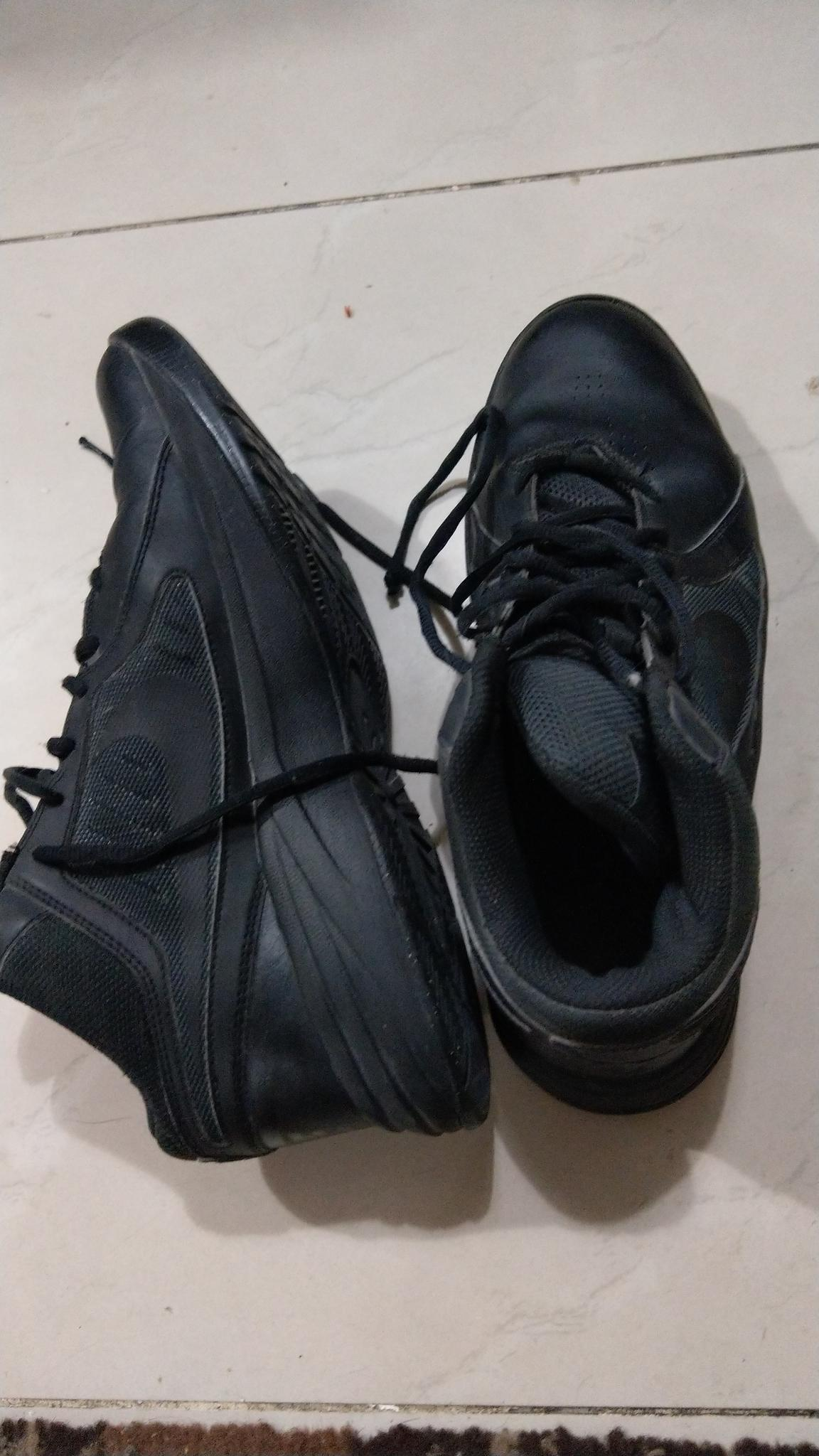 as new in its bag le confort, shoemart , Nike and