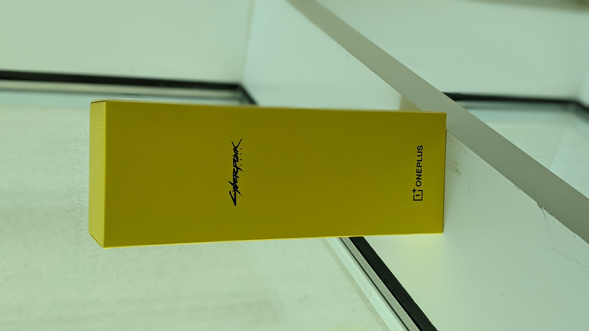 Cyberpunk OnePlus 8T 12/256