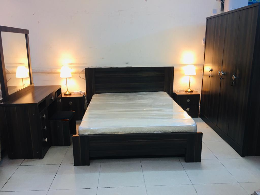 Excellent condition king size bedroom set for sale