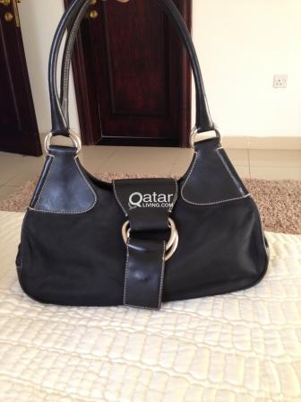 ded15628730 ... clearance used genuine lady bags gucci prada qatar living 4e690 8b556