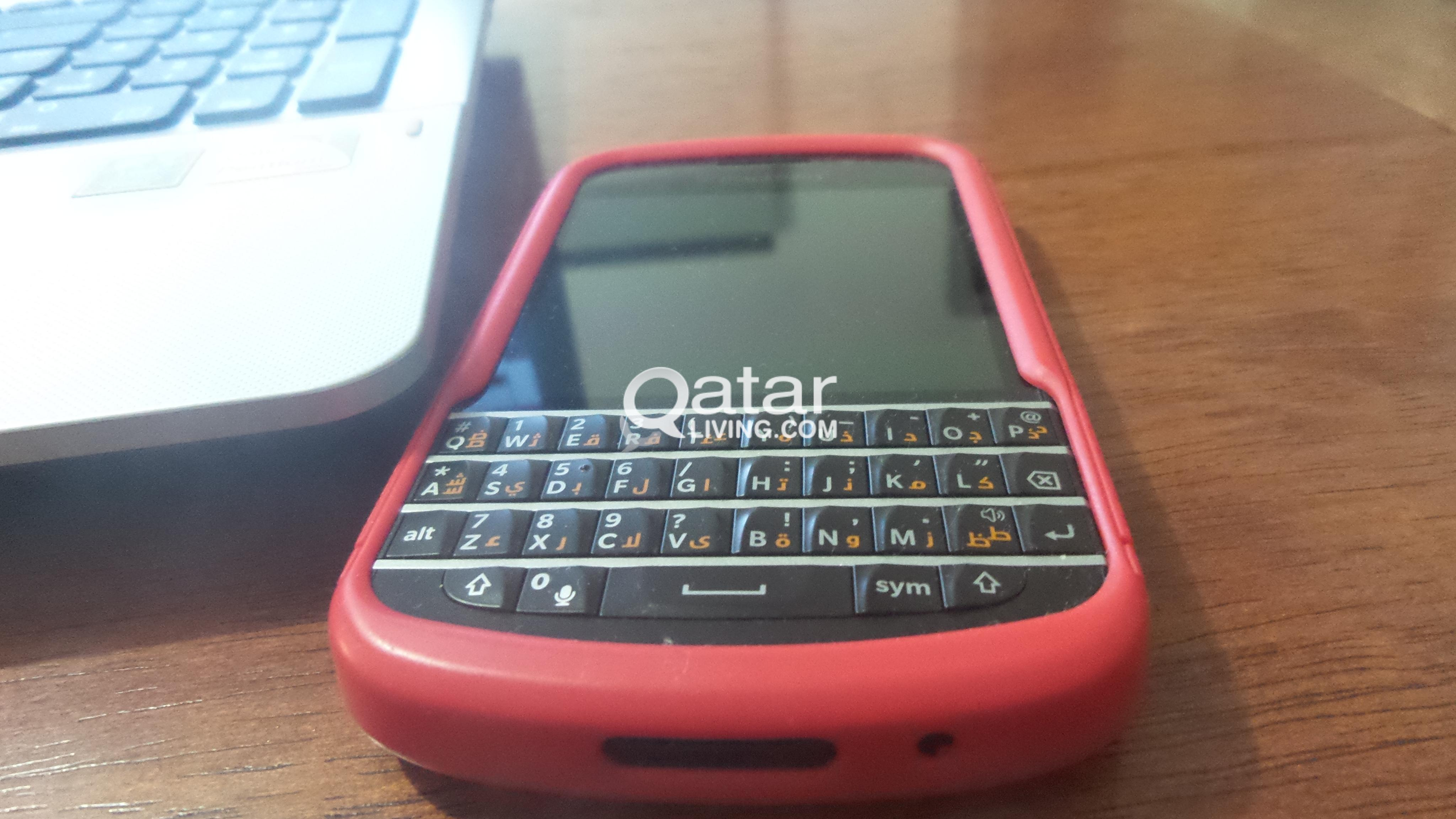 Blackberry Q10 Only 2 months used | Qatar Living